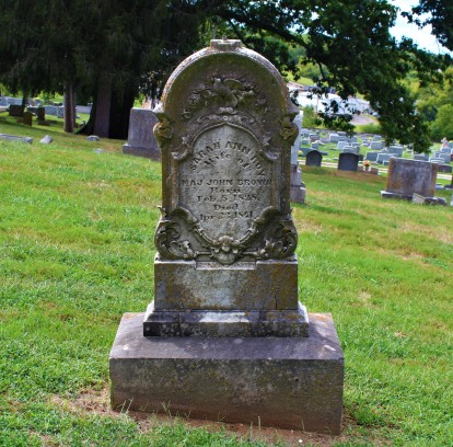 Grave of Sarah Ann Roy, wife of Major John Brown