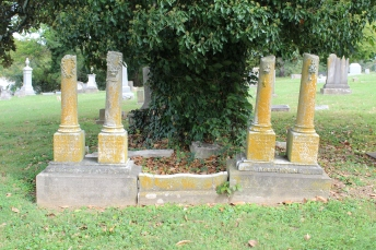 Monument to the Whitthorne children: Jeannie, Frank, Bettie, and Annie. All died in 1861.